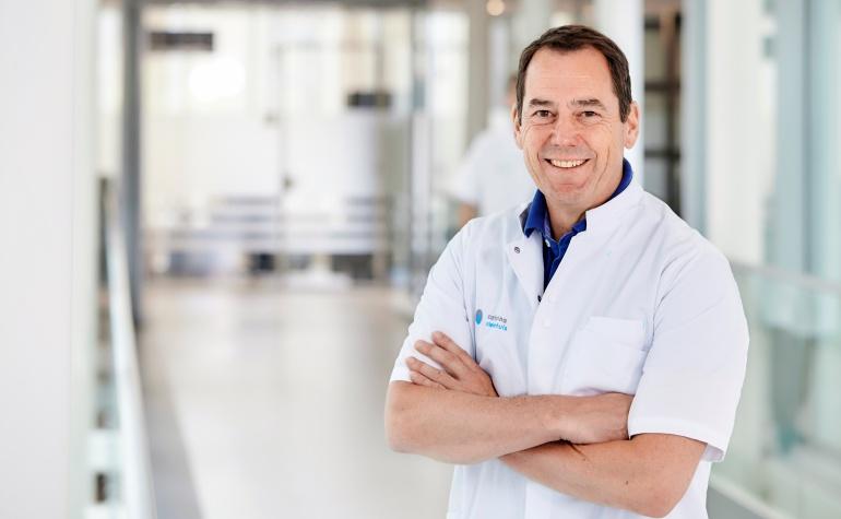 Vaatchirurg_prof dr Marc van Sambeek